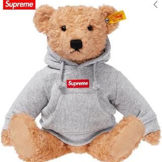 シュプリーム(Supreme)のSupreme Steiff Bear シュプリーム パーカー くま ぬいぐるみ(ぬいぐるみ)