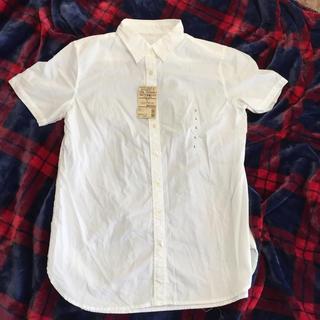 ムジルシリョウヒン(MUJI (無印良品))の新品タグ付き  無印良品 夏用シャツ Lサイズ(シャツ/ブラウス(半袖/袖なし))