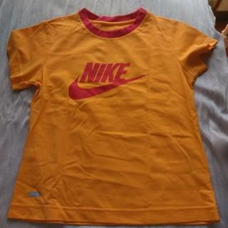 ナイキ(NIKE)のNIKE レディース丁シャツ(Tシャツ/カットソー)