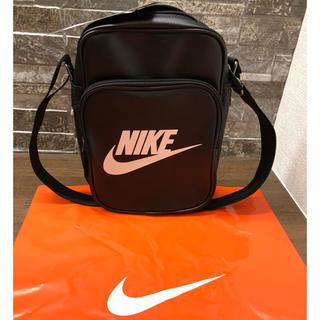 ナイキ(NIKE)のNIKE ナイキ 合皮 ショルダーバッグ ブラック 黒 新品未使用 送料込み価格(ショルダーバッグ)
