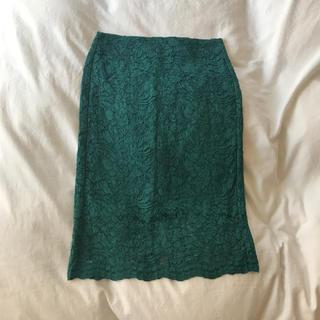 ジーユー(GU)のタイトスカート レース 花柄 緑 グリーン(ひざ丈スカート)