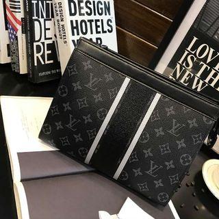 ルイヴィトン(LOUIS VUITTON)のルイヴィトン メンズ 人気商品 激売れ クラッチバッグ(セカンドバッグ/クラッチバッグ)