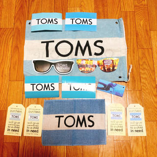 トムズ(TOMS)のトムズ シューズ袋 ステッカー(ショップ袋)