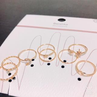 ベルシュカ(Bershka)の指輪8個セット(リング(指輪))
