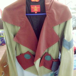 ヴィヴィアンウエストウッド(Vivienne Westwood)のヴィヴィアン ジャケット(ミリタリージャケット)