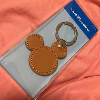 ディズニー(Disney)の新品 ディズニーランド購入 牛革 ミッキー キーホルダー(キーホルダー)