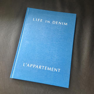 アパルトモンドゥーズィエムクラス(L'Appartement DEUXIEME CLASSE)のL'appartement デニムスタイル本(洋書)