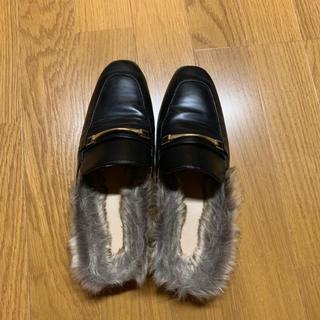 ジーユー(GU)の【本日限定値下げ】gu ローファー★早い者勝ち(ローファー/革靴)