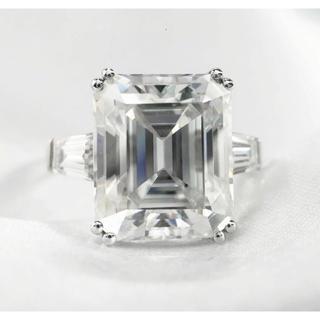 K18/pt950*スクエア&テーパー豪華高品質モアサナイトリング(リング(指輪))