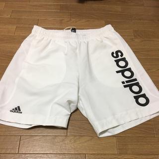 アディダス(adidas)の【新品】adidas☆ハーフパンツ☆ホワイト☆(その他)