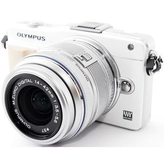 オリンパス(OLYMPUS)の❤️WiFi対応!タッチパネル搭載❤️オリンパス E-PM2 ホワイト(ミラーレス一眼)