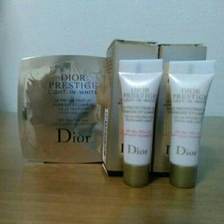 ディオール(Dior)のディオール★プレステージ「ホワイト ル プロテクター ルミエールUV」(化粧下地)