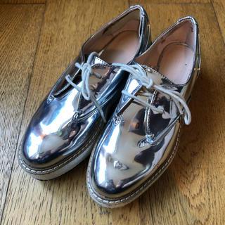 ザラ(ZARA)のzara プラットフォーム シルバー(ローファー/革靴)
