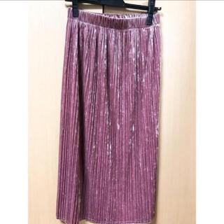 ジーユー(GU)のベロアスカート プリーツスカート ピンク(ロングスカート)