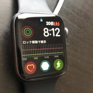 アップル(Apple)の【美品おまけ付き】Apple Watch Series4 GPSモデル44mm (腕時計(デジタル))
