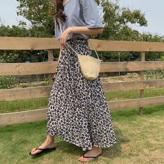 ザラ(ZARA)の~新品 花柄 スカート ~ フラワープリント(ロングスカート)