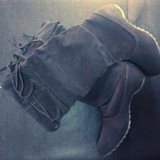 可愛いフリンジロングブーツ★黒★サイズ39(24-24.5cm)(ブーツ)