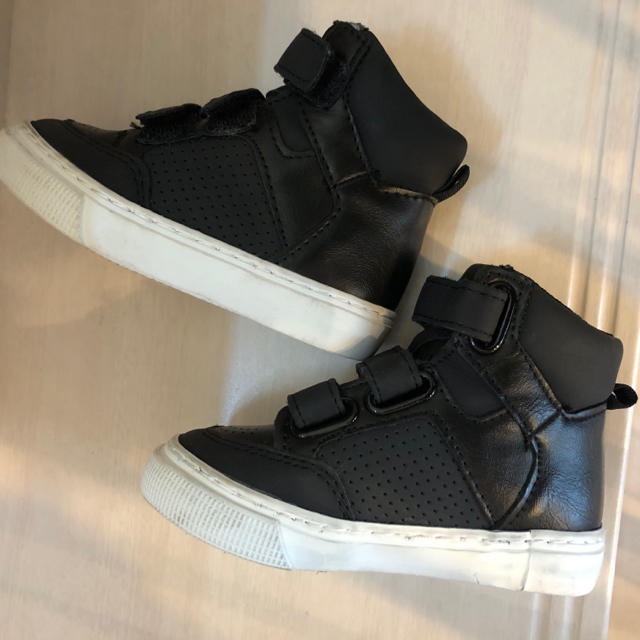 babyGAP(ベビーギャップ)のGAP 男の子 スニーカー 12.5cm キッズ/ベビー/マタニティのベビー靴/シューズ(~14cm)(スニーカー)の商品写真