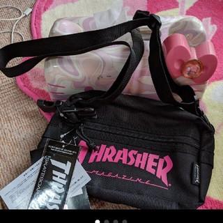 スラッシャー(THRASHER)のTHRASHER スラッシャー ショルダーバッグ 黒×ピンク✨新品未使用(ショルダーバッグ)