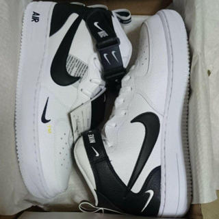 ナイキ(NIKE)のNIKE AIR FORCE 1 MID '07 LV8(スニーカー)