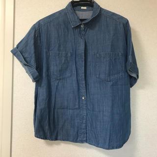 ジーユー(GU)のデニムシャツ GU(シャツ/ブラウス(半袖/袖なし))