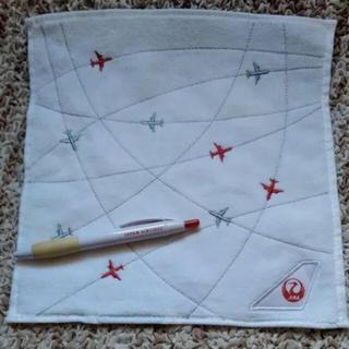 ジャル(ニホンコウクウ)(JAL(日本航空))のJAL  ハンドタオル&ボールペン  2点セット(キャラクターグッズ)