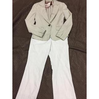 スーツカンパニー(THE SUIT COMPANY)のベージュのパンツスーツセット(スーツ)