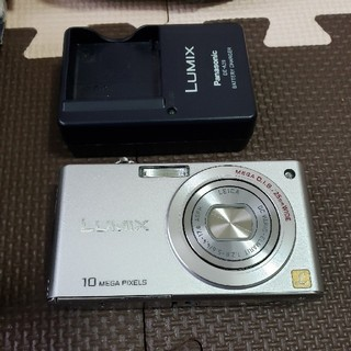 パナソニック(Panasonic)のPanasonic LUMIX DMC-FX35 パナソニック(コンパクトデジタルカメラ)