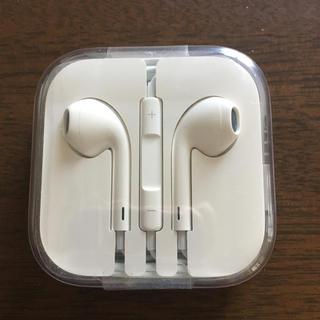 アイフォーン(iPhone)のアップル イヤホン 純正 イヤフォン(ヘッドフォン/イヤフォン)