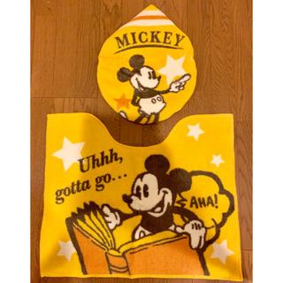 ディズニー(Disney)の【新品】ミッキー トイレマット&蓋カバー(トイレマット)