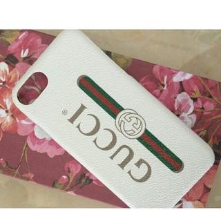 グッチ(Gucci)のグッチ Iphoneケース iPhone7/8  ホワイト 人気ケース (iPhoneケース)