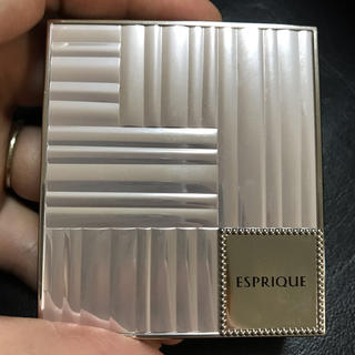 エスプリーク(ESPRIQUE)のピュアリーベールチーク RD-6   ケース付き(チーク)