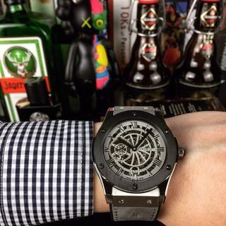 ウブロ(HUBLOT)のウブロ HUBLOT  メンズファッション 自動巻き 新品 腕時計 黒(ラバーベルト)