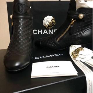 シャネル(CHANEL)の即完売 2019 シャネル  マトラッセココマーク ブーツ(ブーツ)