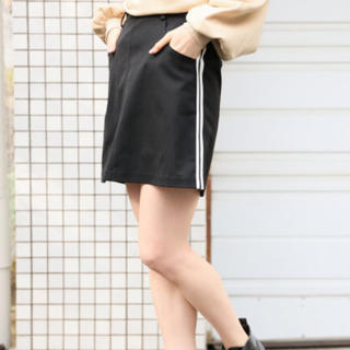 ヘザー(heather)のサイドラインスカート(ミニスカート)