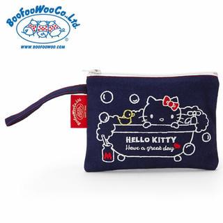 ブーフーウー(BOOFOOWOO)の【新品】Hello Kitty BOOFOOWOOコラボ デニム地フラットポーチ(ポーチ)