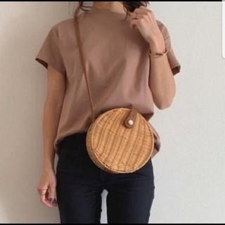 ジーユー(GU)の【タグ付き新品】GU スムースT ブラウン Msize(Tシャツ(半袖/袖なし))