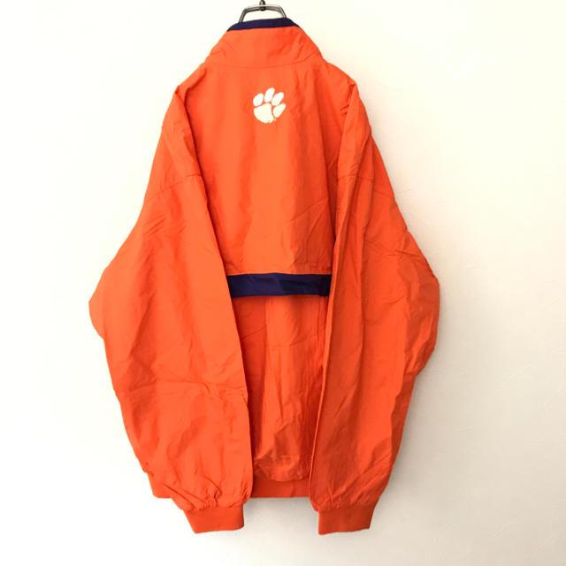 NIKE(ナイキ)の【希少レア】ナイキ ナイロンジャケット clemson アメフト 古着 ゆるだぼ メンズのジャケット/アウター(ナイロンジャケット)の商品写真