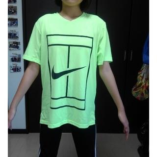 ナイキ(NIKE)のTシャツ ナイキコート ドライフィット(ウェア)