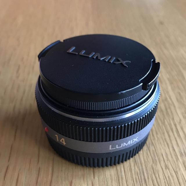 Panasonic(パナソニック)の値下げしました!! Panasonic LUMIX 14mm F2.5 スマホ/家電/カメラのカメラ(レンズ(単焦点))の商品写真