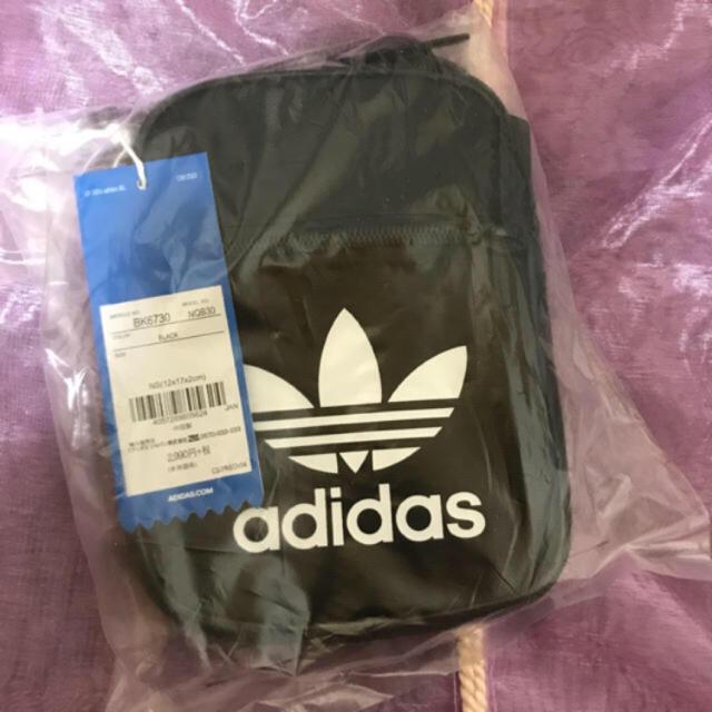 adidas(アディダス)のポーチ レディースのファッション小物(ポーチ)の商品写真