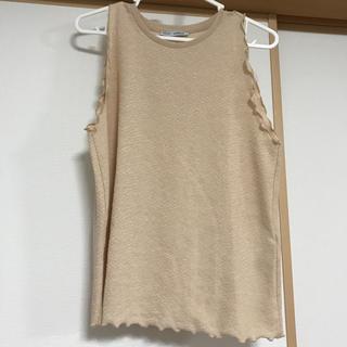 ザラ(ZARA)のZARA フリル袖、裾 ノースリーブ(カットソー(半袖/袖なし))