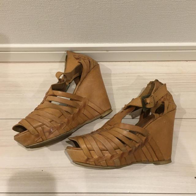 Buffalo(バッファロー)のBuffalo London   バッファローロンドン ウェッジサンダル  レディースの靴/シューズ(サンダル)の商品写真