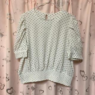 ジーユー(GU)の新品♡ドットシャツ白(シャツ/ブラウス(半袖/袖なし))