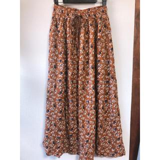 ジーユー(GU)のGU 花柄ロングスカート  Lサイズ(ロングスカート)