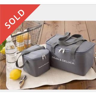 ディーンアンドデルーカ(DEAN & DELUCA)のDEAN&DELUCA 保冷バッグ Gray  2点セット(弁当用品)