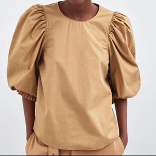 ザラ(ZARA)のZARA ザラ ポプリンシャツ パフスリーブ (シャツ/ブラウス(半袖/袖なし))