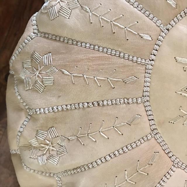 【新品アウトレット】モロッコ レザープフ オットマン インテリア/住まい/日用品のソファ/ソファベッド(オットマン)の商品写真