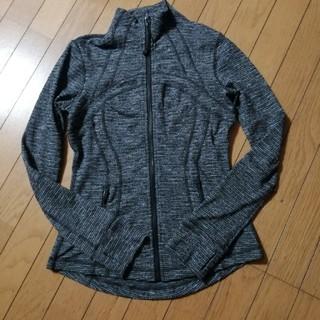 ルルレモン(lululemon)のルルレモン6ディファインジャケット黒白(ノーカラージャケット)