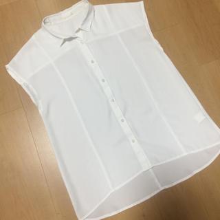 ジーユー(GU)のGU ブラウス M(シャツ/ブラウス(半袖/袖なし))